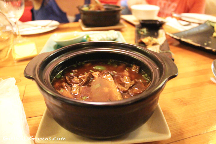 Ha-Noi-Tamarind-Mushroom-Hot-Pot