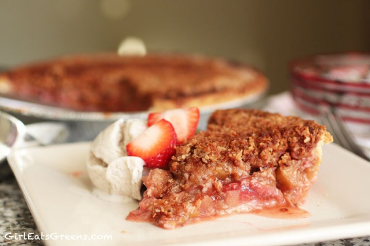 vegan-rhubarb-strawberry-pie-15
