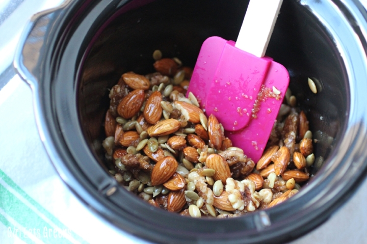 Spicy Ginger Mixed Nuts Walnuts Almonds Pepitas Vegetarian Vegan Girl Eats Greens_0021