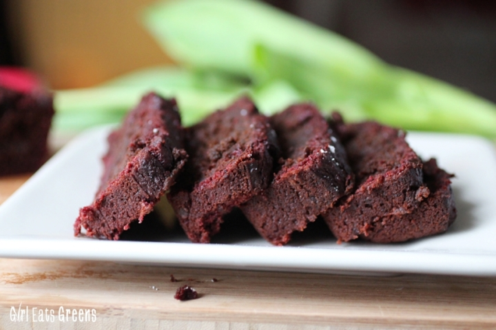Fudgy Chocolate Chip Beet Banana Bread Vegan Vegetarian Girl Eats Greens_0013