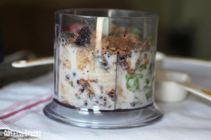 Very Berry Chocolate Breakfast Smoothie Vegan Vegetarian Girl Eats Greens_0017